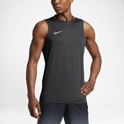 Мужская игровая футболка Nike Breathe CR7 SquadМужская игровая футболка Nike Breathe CR7 Squad из эластичной влагоотводящей ткани с фирменной графикой и вставками из сетки обеспечивает вентиляцию, комфорт и свободу движений на поле.<br>