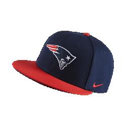 Бейсболка с застежкой Nike Everyday True (NFL Patriots)Бейсболка с застежкой Nike Everyday True (NFL Patriots) с жесткой конструкцией из прочных материалов создана в честь любимой команды.<br>