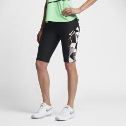 Женские теннисные шорты NikeCourt Dry 28 смЖенские теннисные шорты с принтом NikeCourt Dry 28 см из эластичной влагоотводящей ткани с удобными боковыми карманами, чтобы хранить мячи и быстро доставать их во время тренировки.<br>