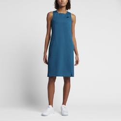 Платье Nike Sportswear Tech FleeceПлатье Nike Sportswear Tech Fleece из мягкой ткани с простым воздушным силуэтом обеспечивает комфорт и создает стильный образ в любой день недели.<br>