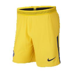 Мужские футбольные шорты 2017/18 Paris Saint-Germain Vapor MatchМужские футбольные шорты 2017/18 Paris Saint-Germain Vapor Match из легкой ткани с зональной вентиляцией и символикой клуба создают ощущение прохлады и комфорта.<br>