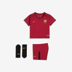 Футбольный комплект для малышей 2017/18 AS ROMA Stadium HomeФутбольный комплект для малышей 2017/18 AS ROMA Stadium Home включает джерси, шорты и носки из дышащей ткани для максимального комфорта.<br>