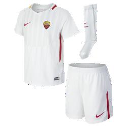 Футбольный комплект для дошкольников 2017/18 A.S. Roma Stadium AwayФутбольный комплект для дошкольников 2017/18 A.S. Roma Stadium Away включает джерси с коротким рукавом, шорты и гетры из дышащей ткани с символикой команды.<br>