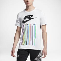 Мужская футболка Nike InternationalМужская футболка Nike International из мягкой хлопковой ткани обеспечивает длительный комфорт.<br>