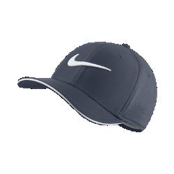 Бейсболка для гольфа Nike Classic 99Бейсболка для гольфа Nike Classic 99 обеспечивает вентиляцию и комфорт благодаря панелям из сетки и влагоотводящей ткани.<br>