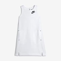 Платье для девочек школьного возраста Nike Sportswear Tech FleeceЛегкое платье для девочек школьного возраста Nike Sportswear Tech Fleece с универсальным воздушным силуэтом обеспечивает тепло и комфорт на каждый день и сочетается с другимипредметами одежды.<br>