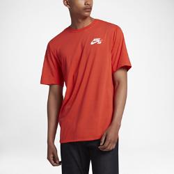 Мужская футболка Nike SB DryМужская футболка Nike SB из мягкой влагоотводящей ткани с вставками из сетки обеспечивает вентиляцию и комфорт на весь день.<br>