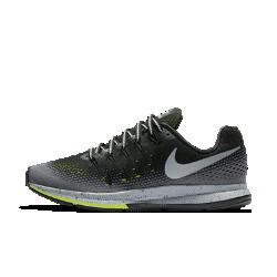 Женские беговые кроссовки Nike Air Zoom Pegasus 33 ShieldЖенские беговые кроссовки Nike Air Zoom Pegasus 33 Shield с улучшенной защитой от влаги для комфорта во время пробежек в любую погоду обеспечивают высокую скорость и упругую амортизацию.  Водоотталкивающее покрытие  Прочное водоотталкивающее покрытие DWR и водоотталкивающая внутренняя часть защищают от влаги в непогоду.  Оптимальная амортизация  Вставки Nike Zoom Air в пятке и передней части обеспечивают адаптивную амортизацию.  Сцепление в любую погоду  Вставки из липкой резины обеспечивают прочность и сцепление на влажных поверхностях.<br>