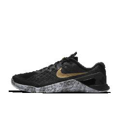 Женские кроссовки для тренинга Nike Metcon 3 AMPЖенские кроссовки для тренинга Nike Metcon 3 AMP с полностью обновленным дизайном созданы для самых интенсивных тренировок — от упражнений с канатом и у стены до бега на короткие дистанции и поднятия веса.<br>