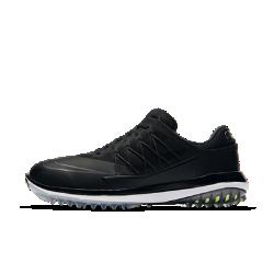 Мужские кроссовки для гольфа Nike Lunar Control VaporМужские кроссовки для гольфа Nike Lunar Control Vapor обеспечивают мягкую мгновенную амортизацию для легкости и стабилизации, а гибкая рельефная подметка создает превосходное сцепление с поверхностью.<br>