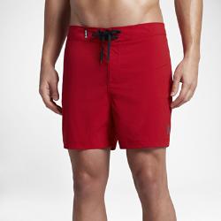 Мужские бордшорты Hurley Range 40,5 смМужские бордшорты Hurley Range 40,5 см из мягкой эластичной ткани с укороченным кроем обеспечивают максимальный комфорт и свободу движений во время занятий в воде и на берегу.<br>