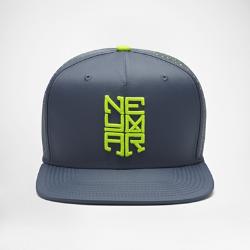 Бейсболка с застежкой Nike Pro NeymarБейсболка Nike Pro Neymar с перфорированными панелями с подкладкой из сетки и застежкой на кнопке сзади обеспечивает регулируемую посадку и вентиляцию.<br>