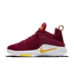 Мужские баскетбольные кроссовки Nike Lebron WitnessМужские баскетбольные кроссовки Nike Lebron Witness с инновационной обхватывающей пятку вставкой из легкого пеноматериала Featherposite обеспечивают поддержку при движении в любом направлении. Вставки Nike Zoom Air в передней части обеспечивают амортизацию для взрывной скорости во время игры.<br>