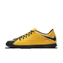 Футбольные бутсы для игры в зале/на поле Nike HypervenomX Phade 3Футбольные бутсы для игры в зале/на поле Nike HypervenomX Phade 3 с асимметричной шнуровкой, особым рельефом по всей поверхности и увеличенной зоной удара обеспечивают превосходное касание мяча во время игры.<br>
