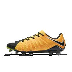 Футбольные бутсы для игры на твердом грунте Nike Hypervenom Phantom 3Футбольные бутсы для игры на твердом грунте Nike Hypervenom Phantom 3, созданные для атакующих игроков, позволяют быстро менять направление движения на полях с короткой травой и обеспечивают более высокую скорость удара.<br>