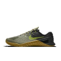 Мужские кроссовки для тренинга Nike Metcon 3Мужские кроссовки для тренинга Nike Metcon 3 созданы для самых интенсивных тренировок — от упражнений с канатом и у стены до бега на короткие дистанции и поднятия веса.  Амортизация для тренировок  Скрытая подошва более твердая в области пятки и более мягкая и гибкая в передней части. Это обеспечивает стабилизацию для тренинга и амортизацию для коротких пробежек.  Стабилизация для тяжелой атлетики  Плоская платформа и пятка из жесткой резины обеспечивают надежную стабилизацию при поднятии веса. Поддержка по всей стопе позволяет тренироваться уверенно.  Легкость и прочность  Легкий вышитый материал в зонах максимального износа для дополнительной прочности.<br>