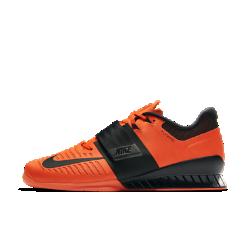 Кроссовки для тяжелой атлетики Nike Romaleos 3Кроссовки для тяжелой атлетики Nike Romaleos 3 обеспечивают необходимую стабилизацию и фиксацию для интенсивных тренировок с отягощением. Выбирай для своей тренировки одну из двух входящих в комплект съемных стелек — с мягкой и жесткой поддержкой.<br>