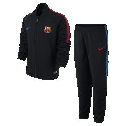 Футбольный костюм для дошкольников FC Barcelona DryФутбольный костюм для дошкольников FC Barcelona Dry включает куртку и облегающие брюки из влагоотводящей ткани для абсолютного комфорта на поле и за его пределами.<br>