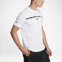Мужская теннисная футболка NikeCourt AeroReact Rafael Nadal ChallengerФутболка NikeCourt AeroReact Rafa Challenger с современным прилегающим кроем обеспечивает охлаждение и комфорт во время самых интенсивных матчей.<br>