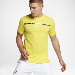 Мужская теннисная футболка NikeCourt AeroReact Rafael Nadal ChallengerОщущай прохладу во время интенсивных игр. Мужская теннисная футболка NikeCourt AeroReact Rafael Nadal Challenger из ткани с технологией терморегуляции обеспечивает комфорт. Современный прилегающий крой поможет создать стильный образ.<br>