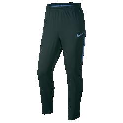 Мужские футбольные брюки Manchester City FC Dry SquadМужские футбольные брюки Manchester City FC Dry Squad из эластичной влагоотводящей ткани обеспечивают комфорт и свободу движений во время тренировок.<br>