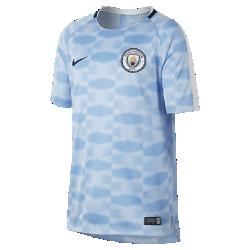 Игровая футболка для школьников Manchester City FC Dri-FIT SquadИгровая футболка для школьников Manchester City FC Dri-FIT Squad обеспечивает комфорт на поле благодаря легкой влагоотводящей ткани и сетчатой вставке на спине.<br>