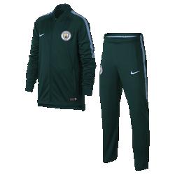 Футбольный костюм для школьников Manchester City FC Dri-FIT SquadФутбольный костюм для школьников Manchester City FC Dri-FIT Squad из влагоотводящей ткани с фирменными деталями обеспечивает комфорт.<br>