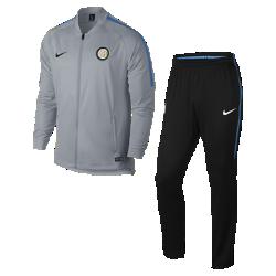 Мужской футбольный костюм Inter Milan Dri-FIT SquadМужской футбольный костюм Inter Milan Dri-FIT Squad из влагоотводящей ткани с фирменными деталями обеспечивает комфорт.<br>