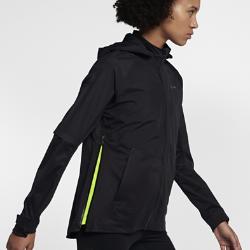Женская беговая куртка Nike AeroShieldЖенская беговая куртка Nike AeroShield защищает от холода, помогая избежать перегрева. Революционная технология Nike AeroShield защищает от дождя и ветра и отводит излишки тепла, поддерживая оптимальную температуру тела.  Легкость и воздухопроницаемость  Технология Nike AeroShield задействует три слоя материала, каждый из которых выполняет свою функцию. Средний слой представляет собой мембрану из ультратонких нановолокон, сотканных методом электропрядения. В итоге получается невероятно легкий и дышащий материал, отводящий влагу и излишки тепла.  Комфорт и тепло  Каждый шов куртки полностью герметичен для надежной защиты от дождя и ветра.  Циркуляция воздуха  Двусторонние молнии по бокам скрывают вставки из сетки для регулируемой вентиляции. Боковые молнии можно немного расстегнуть сверху для надежной посадки во времябега. Или расстегнуть снизу для максимальной циркуляции воздуха. Зоны вентиляции над локтями и в верхней части спины повышают воздухопроницаемость.<br>
