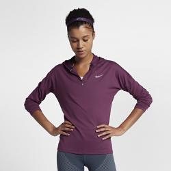 Женская беговая худи с молнией до середины груди Nike Dri-FIT ElementЖенская беговая худи с молнией до середины груди Nike Dri-FIT Element идеально подходит для утренних и вечерних пробежек, сохраняя тепло и препятствуя перегреву. Более свободный крой основы и области подмышек позволяет надевать модель поверх майки, а отверстия для больших пальцев на манжетах обеспечивают дополнительный комфорт.  Охлаждение  Ткань с более открытым плетением в верхней части спины обеспечивает вентиляцию и не прилипает к телу. Молния до середины груди позволяет регулировать уровень вентиляции, обеспечивая защиту на пробежке и после нее.  Комфорт  Отверстия для больших пальцев фиксируют рукава для дополнительной защиты в холодную погоду. Рукава покроя реглан и швы, повторяющие форму рук, для естественной свободы движений.  Отведение влаги  Мягкая ткань с технологией Dri-FIT отводит влагу от кожи на поверхность, где она быстро испаряется.<br>