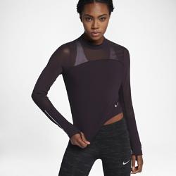 Женская беговая футболка с длинным рукавом Nike Epic LuxЖенская беговая футболка с длинным рукавом Nike Epic Lux со вставками из сетки обеспечивает комфортную поддержку на любой дистанции.<br>