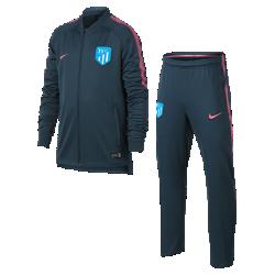Футбольный костюм для школьников Atletico de Madrid Dry SquadФутбольный костюм для школьников Atletico de Madrid Dry Squad из влагоотводящей ткани с фирменными деталями обеспечивает комфорт.<br>