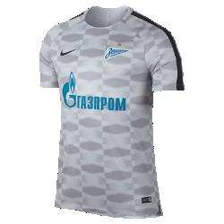 Мужская игровая футболка FC Zenit Dry SquadМужская игровая футболка FC Zenit Dry Squad обеспечивает комфорт на поле благодаря влагоотводящей ткани и сетчатой вставке на спине.<br>