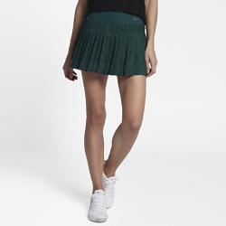 Теннисная юбка NikeCourt MariaТеннисная юбка NikeCourt Maria из легкой влагоотводящей ткани со вшитыми шортами позволяет играть максимально результативно.<br>