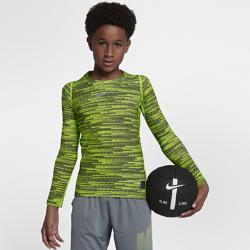 Футболка для тренинга с длинным рукавом для мальчиков школьного возраста Nike Pro WarmФутболка для тренинга с длинным рукавом для мальчиков школьного возраста Nike Pro Warm из влагоотводящей термоткани обеспечивает тепло и комфорт. Можно надевать под джерси или как самостоятельный предмет экипировки на тренировку и игру.<br>