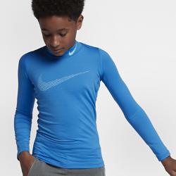 Футболка для тренинга с длинным рукавом для мальчиков школьного возраста Nike Pro WarmФутболка для тренинга с длинным рукавом для мальчиков школьного возраста Nike Pro Warm из влагоотводящей термоткани обеспечивает тепло и комфорт. Можно надевать под джерси или как самостоятельный предмет экипировки на тренировку и игру.  АБСОЛЮТНОЕ ТЕПЛО  Ткань Nike Pro Warm создает отводящий влагу базовый слой, обеспечивая поддержку, надежную фиксацию и тепло для тренировок в прохладную погоду.  СВОБОДА ДВИЖЕНИЙ  Продуманное расположение швов и прилегающая посадка обеспечивают свободу движений и позволяют ни на что не отвлекаться.<br>