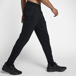 Мужские баскетбольные брюки Nike Therma Flex Showtime 76 смМужские баскетбольные брюки Nike Therma Flex Showtime 76 см из теплой эластичной ткани обеспечивают свободу движений на площадке и за ее пределами.  Тепло, эластичность и комфорт  Ткань Nike Therma Flex обеспечивает тепло и превосходную свободу движений. Технология Dri-FIT отводит влагу с поверхности кожи, обеспечивая комфорт.  Абсолютная концентрация  Зауженный крой с эластичными отворотами для полной концентрации во время движения.  Удобное хранение  Карман на молнии, расположенный на бедре под углом, обеспечивает надежное хранение телефона и других важных мелочей.<br>