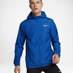 Мужская беговая куртка Nike EssentialМужская беговая куртка Nike Essential из водоотталкивающей ткани защищает от дождя. Эластичный шнурок с фиксатором не дает прилегающему капюшону смещаться при поворотеголовы.<br>