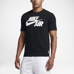 Мужская футболка с логотипом Nike AirМужская футболка с логотипом Nike Air из мягкого хлопка обеспечивает длительный комфорт.<br>