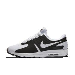 Женские кроссовки Nike Air Max ZeroКонструкция Air Max 1 женских кроссовок Nike Air Max Zero, разработанная еще в 1985 году, но увидевшая свет только в 2015, сочетает в себе обтекаемый верх и легкий амортизирующий пеноматериал, обеспечивающий современный уровень комфорта.<br>