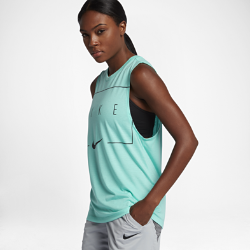Женская баскетбольная майка с графикой Nike DryЖенская баскетбольная майка с графикой Nike Dry из влагоотводящей ткани обеспечивает комфорт.<br>