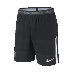 Мужские футбольные шорты Nike AeroSwift Paris Saint-Germain StrikeМужские футбольные шорты Nike AeroSwift Paris Saint-Germain Strike из легкой ткани с зональной вентиляцией и символикой клуба создают ощущение прохлады и комфорта.<br>