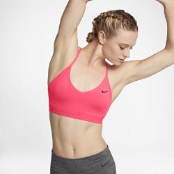 Спортивное бра с легкой поддержкой Nike Indy ModernСпортивное бра с легкой поддержкой Nike Indy Modern с заниженным вырезом и тонкими регулируемыми бретелями обеспечивает поддержку на занятиях низкой интенсивности, таких как ходьба, тренировки с отягощением и йога.  Комфорт  Ультрамягкая ткань с технологией Dri-FIT отводит влагу от кожи и обеспечивает комфорт.  Свобода движений  Мягкие и эластичные перекрещивающиеся бретели обеспечивают свободу движений на любых занятиях. Такой же мягкий и эластичный пояс под грудью обеспечивает надежнуюудобную посадку.  Легкая поддержка  Ткань с легкой степенью компрессии и съемные вкладыши обеспечивают поддержку и выгодно подчеркивают форму груди.<br>