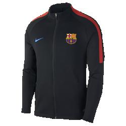 Мужская футбольная куртка FC Barcelona Dry StrikeМужская футбольная куртка FC Barcelona Dry Strike из эластичной влагоотводящей ткани обеспечивает комфорт и свободу движений на трибунах или во время тренировки.<br>