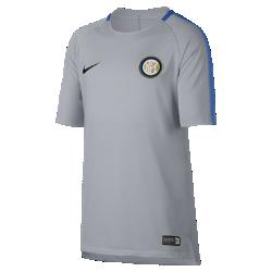 Игровая футболка с коротким рукавом для школьников Inter Milan Nike Breathe SquadИгровая футболка с коротким рукавом для школьников FC Barcelona Nike Breathe Squad из влагоотводящей ткани обеспечивает циркуляцию воздуха для охлаждения и комфорта.<br>
