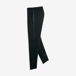 Футбольные брюки для мальчиков школьного возраста Nike Dri-FIT SquadФутбольные брюки для мальчиков школьного возраста Nike Dri-FIT Squad из эластичной влагоотводящей ткани обеспечивают свободу движений.<br>