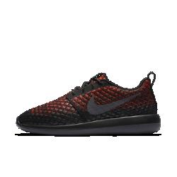 Мужские кроссовки Nike Roshe Two Flyknit 365Просто Инновация — мужские кроссовки Nike Roshe Two Flyknit. Дышащий материал Nike Flyknit с водоотталкивающим покрытием защищает от влаги, а три амортизационных слоя отвечают замягкость и комфорт.<br>