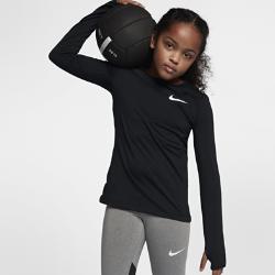 Футболка для тренинга с длинным рукавом для девочек школьного возраста Nike Pro WarmФутболка для тренинга с длинным рукавом для девочек школьного возраста Nike Pro Warm из влагоотводящей термоткани обеспечивает тепло и комфорт. Можно надевать под джерси или как самостоятельный предмет экипировки на тренировку и игру.  АБСОЛЮТНОЕ ТЕПЛО  Ткань Nike Pro Warm создает отводящий влагу базовый слой, обеспечивающий поддержку, фиксацию и тепло для тренировок в прохладную погоду.  СВОБОДА ДВИЖЕНИЙ  Продуманное расположение швов и прилегающая посадка обеспечивают свободу движений и позволяют ни на что не отвлекаться.<br>