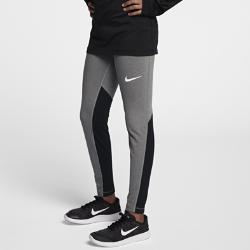 Тайтсы для девочек школьного возраста Nike Pro WarmТайтсы для девочек школьного возраста Nike Pro Warm из влагоотводящей ткани удерживают тепло и обеспечивают комфорт на тренировках в холодную погоду. Вставки из сетки создают вентиляцию, не допуская перегрева.<br>