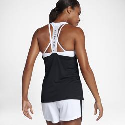 Женская футбольная майка Nike Dry AcademyЖенская футбольная майка Nike Dry Academy из легкой влагоотводящей ткани с Т-образной спиной обеспечивает комфорт и свободу движений во время игры.<br>